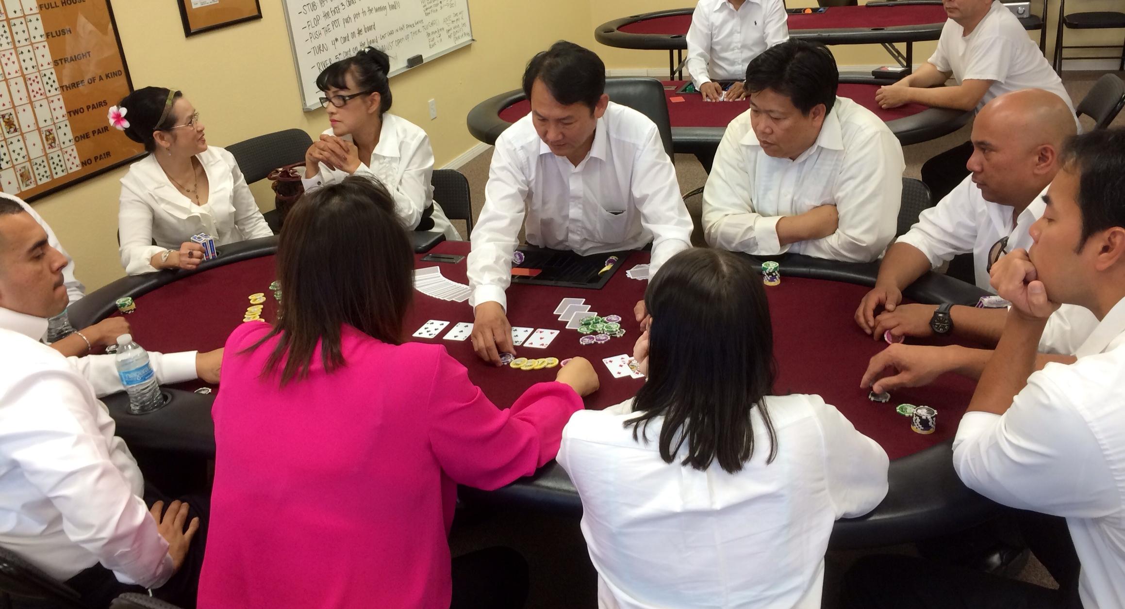 casino dealer academy